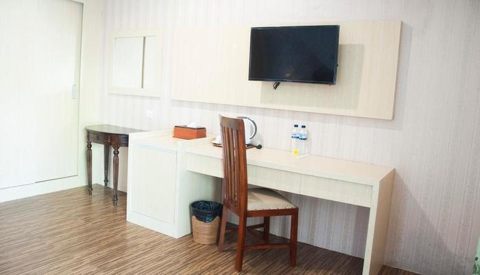 Puri Saron Senggigi Beach Resort Lombok - Suite