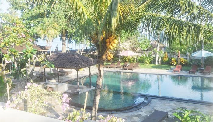 Hotel Puri Saron Senggigi - Pool