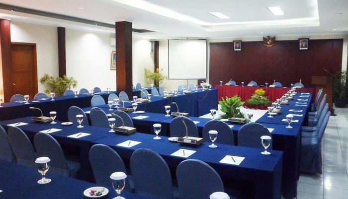 Sangga Buana Hotel Cianjur - ruang anggrek meeting room