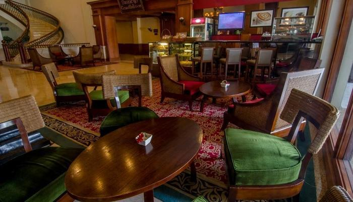 The Sunan Hotel Solo - Coffee Lounge