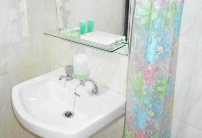 Hotel Sarila Belitung - toilet