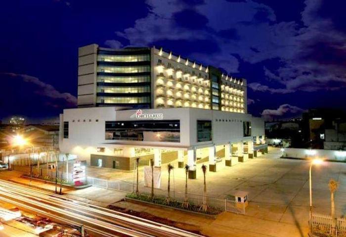 Hotel Orchardz Industri Jakarta - Hotel Building
