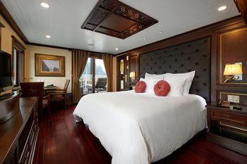 Paradise Peak Cruise Ha Long - Suite Premium, 1 Tempat Tidur King, pemandangan teluk Pesan lebih awal dan hemat 25%