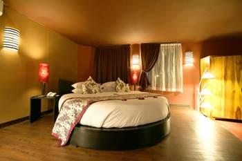 Seminyak Suites Bali - Suite, 1 kamar tidur, pemandangan kolam renang Regular Plan