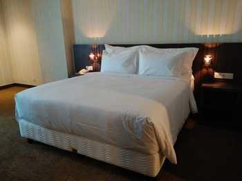 Labersa Toba Hotel & Convention Centre Danau Toba - Royal Suite Regular Plan