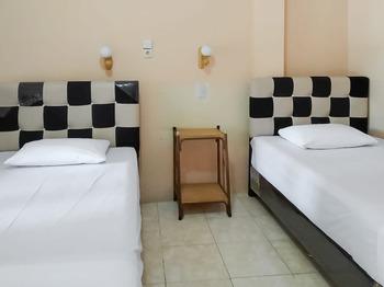 Hotel Maharani (Syariah) Pematangsiantar - Deluxe Twin Room Best Deal