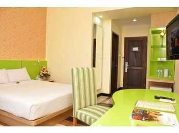 Hotel Pandanaran Semarang - Deluxe Queen Room Hot Deal
