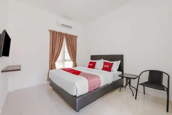 OYO 3315 Tanjung Residence Syariah Padang - Standard Double Room Big Deals