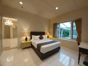Hotel Indah Palace Tawangmangu Karanganyar - Bungalow LEBARAN BIG SALE