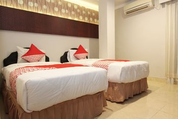 OYO 1157 ANT Home Pangkalpinang - Deluxe Twin Room Regular Plan