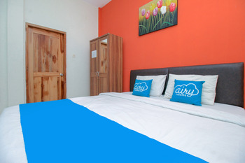 Airy Syariah Sleman Jembatan Merah 104 Yogyakarta - Deluxe Double Room Only Special Promo July 48