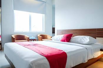 RedDoorz Plus near Pekanbaru Mall Pekanbaru - Suites Regular Plan