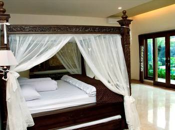 Griya Desa Jogja - Honeymoon Suite - VIP Regular Plan