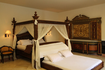 Griya Desa Jogja - VIP Room honeymoon special deal !!