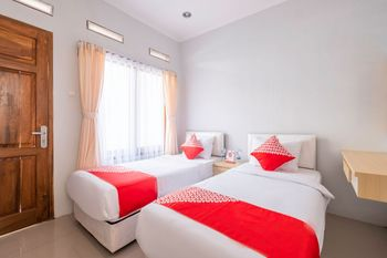 OYO 1271 One Family Guesthouse Lembang - Standard Twin Room Regular Plan