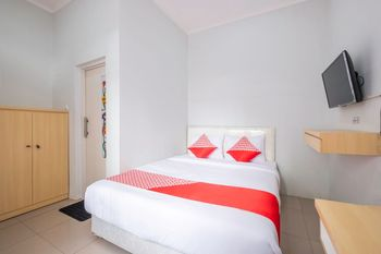 OYO 1271 One Family Guesthouse Bandung - Standard Double Room Regular Plan