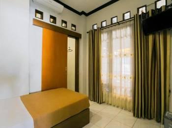 Santo Guest House Surabaya - Superior Room Regular Plan