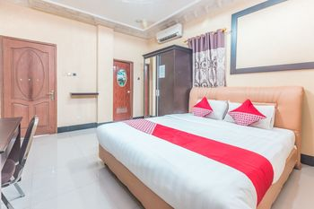 OYO 1640 Fallinda Hotel Bogor - Standard Double Room Regular Plan
