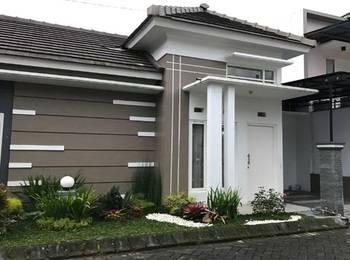 Villa Mutiara Batu
