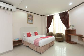 OYO 2057 Hotel Kharisma