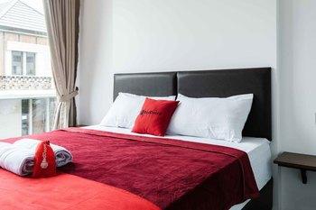 RedDoorz Plus near ICE BSD 2 Tangerang Selatan - RedDoorz Room Special Deals