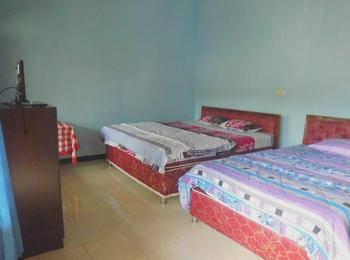 Nadia Hotel Bromo Probolinggo - Standard Room 4 Pax Room Only Regular Plan