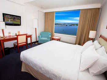 Aryaduta Makassar - Deluxe Room Today's Deal Get 10% off