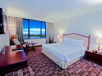 Hotel Aryaduta Makassar - Club Suite City View Regular Plan