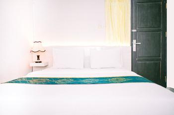 Pondok Garuda Inn Palu - Superior King Regular Plan
