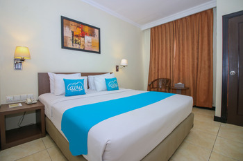 Airy Yos Sudarso 1145 Lubuklinggau - Deluxe Double Room with Breakfast Special Promo Mar 5