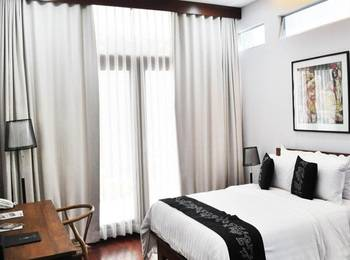 VillaTel Salse Hotel Bandung - Premium With Balcony Regular Plan