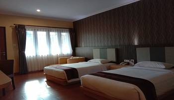 Sangkan Resort Aqua Park Kuningan - Deluxe Room Only Regular Plan