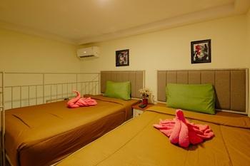 Urbanest Inn House Slipi Jakarta - Deluxe Twin Suite Regular Plan