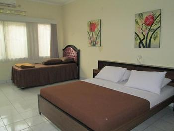 Rumah Anda Guest House Bandung - Family Room Only NR Min Stay 2N 40%