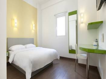 Amaris Hotel Legian - Smart Room Queen Regular Plan