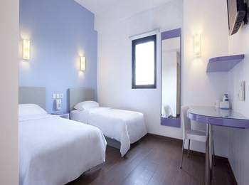 Amaris Hotel Legian - Smart Room Twin Regular Plan