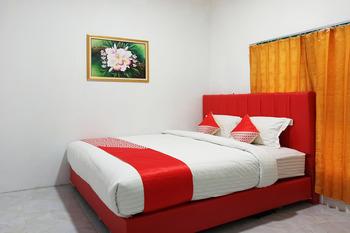 OYO 2611 Hotel Krui Syariah Pesisir Barat - Standard Double Room Regular Plan
