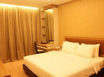 Winstar Hotel Pekanbaru - Kamar Deluxe Only Last Minute discount 7%
