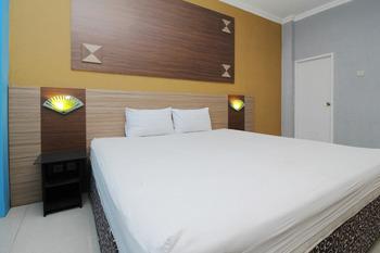 Sky Hotel Ngampilan 1 Yogyakarta Yogyakarta - Superior Double Room Only Regular Plan