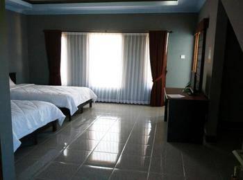 Ridho Malik Hotel Lombok - Superior Twin Regular Plan