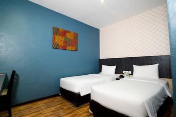 CREW EXPRESS Hotel Kualanamu - Business Twin Class Room Regular Plan