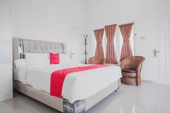RedDoorz Syariah near Arafah Hospital Jambi Jambi - RedDoorz Premium Room AntiBoros