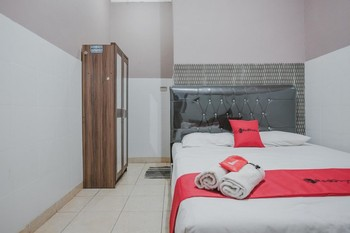 RedDoorz near Central Plaza Lampung Bandar Lampung - RedDoorz Room Regular Plan