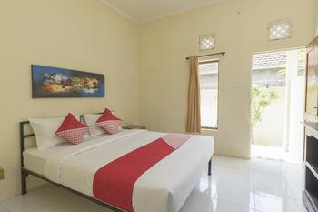 OYO 618 Top Homestay Bali - Standard Double Room Regular Plan