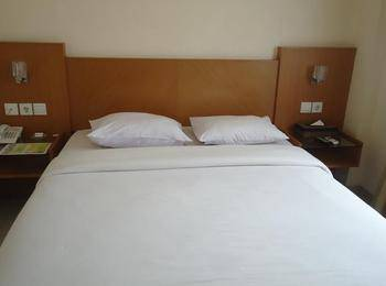 Hotel Cosmo Jambi - Standard Room Regular Plan