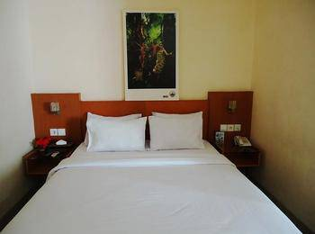 Hotel Cosmo Jambi - Superior Double Room Regular Plan