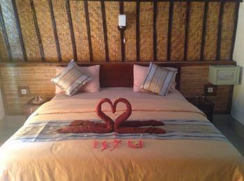 Warna Beach Hotel Lombok - Deluxe Seaview KETUPAT