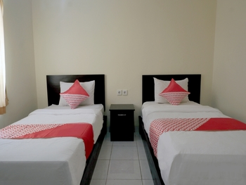 OYO 2521 Uluwatu Cahya Guest House Bali - Standard Twin Room Promotion