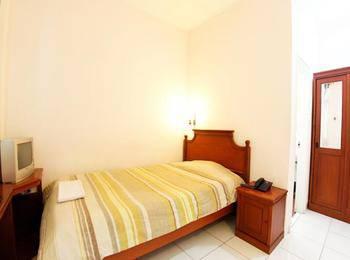 Hotel Toddopuli Mas Makassar - Standard Room - No Breakfast Regular Plan