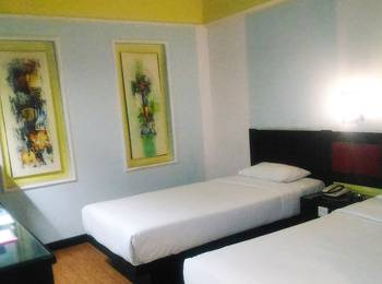 Hotel K77 Dumai - Superior Room Regular Plan
